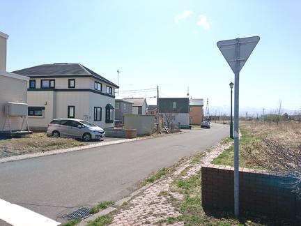 緑苑台の住宅と標識
