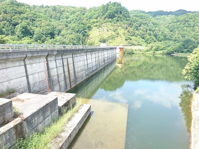 美唄ダムの貯水池
