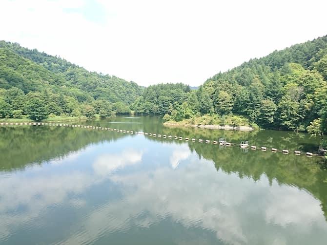 山に囲まれた美唄ダム